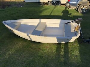 10' dingy with trolling motor.
