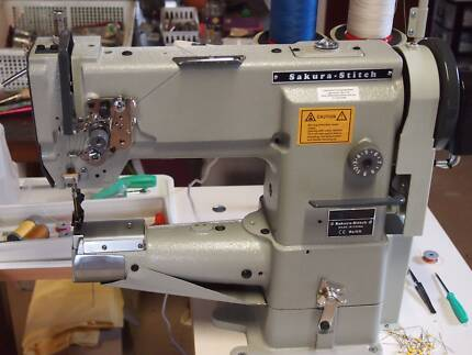 Industrial Sewing Machine with cylinder arm.
