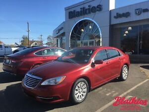 2013 Chrysler 200 LX | 5 YR / 100,000KM GOLD PLAN WARRANTY |