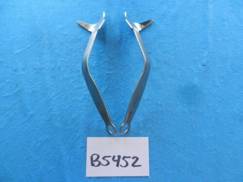 Innomed Surgical Orthopedic Large Posterior Inferior Retractor Set