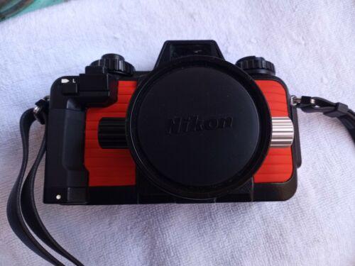 Nikonos V Underwater Camera W/35mm F2.8 Lens Orange And Case NICE  - $249.00