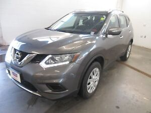 2014 Nissan Rogue S, A S- ONLY 21K! AWD! BACKUP CAM!