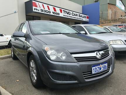 2004 holden astra classic auto sedan 3590 only 65 828 kms 2008 holden astra coupe 134kms auto eofy sale fandeluxe Gallery