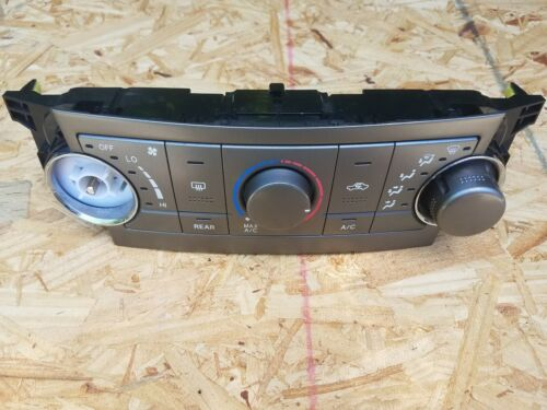 2002-2005 Ford Excursion Front Digital Electric Automatic Climate Control Unit
