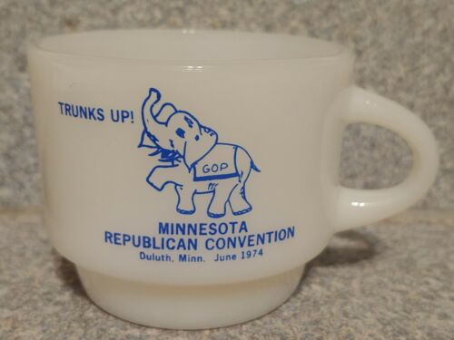 Rare 1974 FIRE KING Minnesota Republican Convention Mug Elephant MUG milk glass