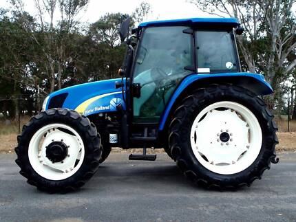 Late Model New Holland T5060 4x4 105hp/Tractor