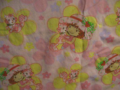 Strawberry Shortcake Toddler Flat Sheet 2005 Colorful Fun Fabric Pink Flowers - Fun Coloring Sheets