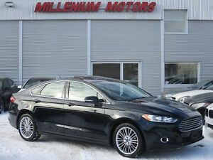 2014 Ford Fusion SE AWD / NAVI / B.CAM / LEATHER / SUNROOF