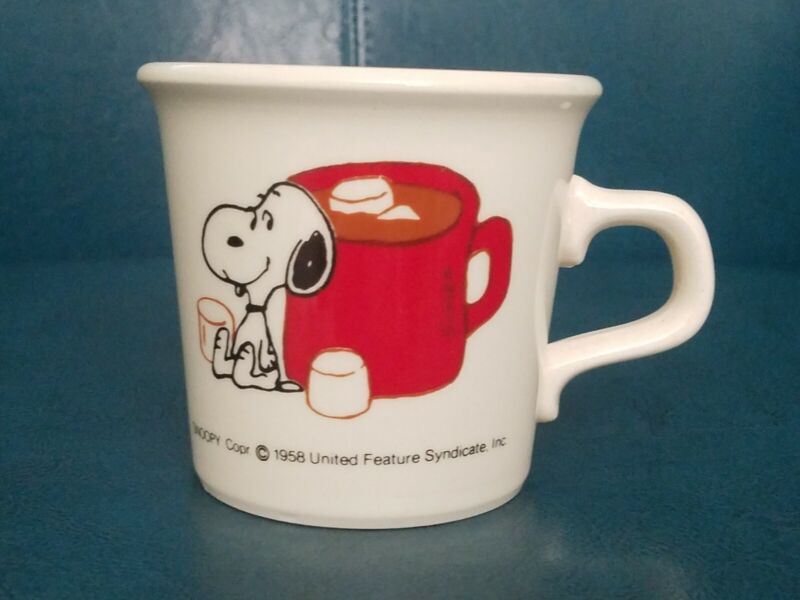 SNOOPY MUG - Hot Cocoa & Marshmallows Charlie Brown Comic Taylor International