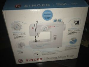 NEW NEVER USED Singer Sewing Machine!