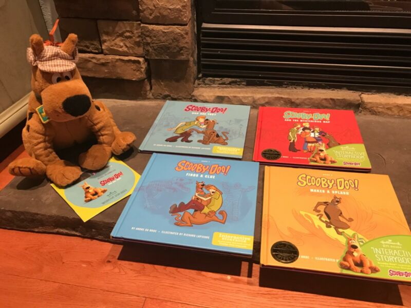 Rare! Hallmark Scooby-Doo Story Buddy Plush + CD PLUS 4 Interactive Books