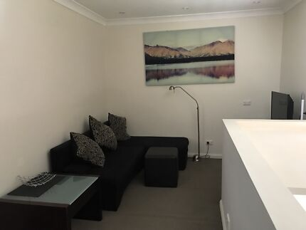 Private One Bedroom Furnished Granny Flat - The Hills District