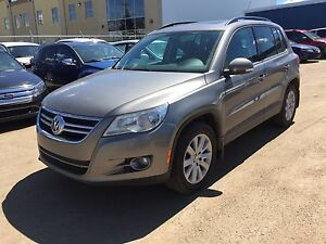 2009 Volkswagen Tiguan 2.0T AWD (Panoramic Sunroof)(Inspected)