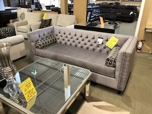 Brand New Tufted Sofa Sets From Factory