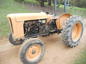 Fiat 411 RB Tractor Healesville Yarra Ranges Preview