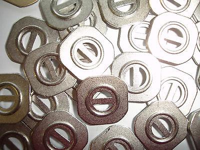 10 Knöpfe Metall silberfarben eckig 13x13mm 2-Loch W81.7
