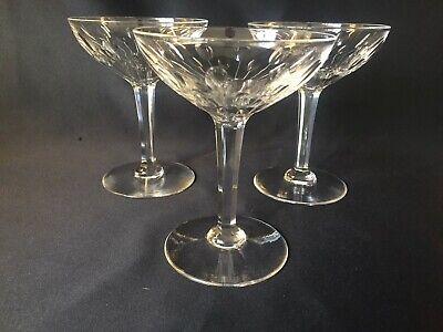 6 coupes à champagne en cristal.Nestor taille Hamlet. H:136 mm  Val St Lambert