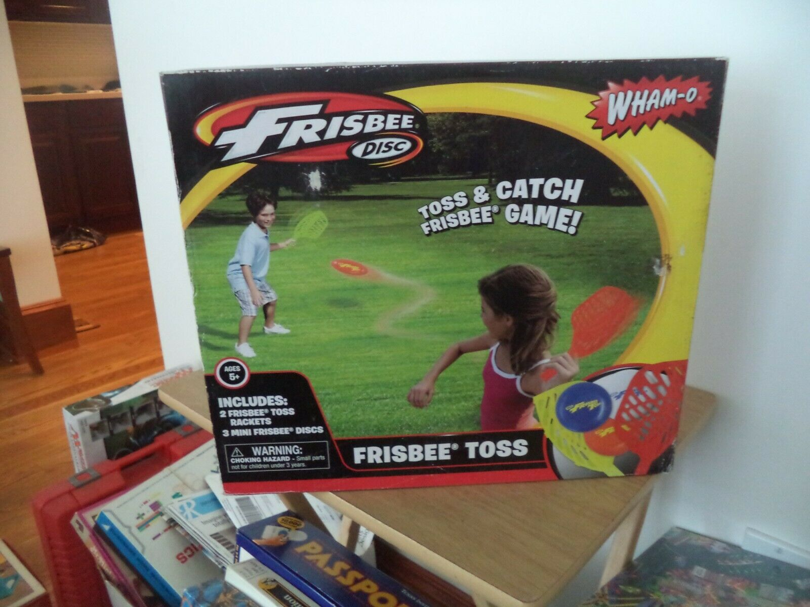 Frisbee Disc Toss and Catch Game