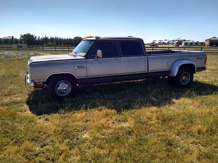 Dodge Ram D350
