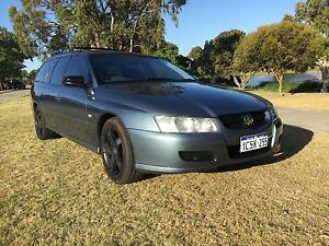 Vz Holden commodore 2006 wagon Meadow Springs Mandurah Area Preview