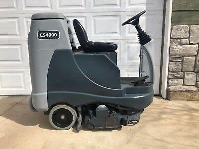 Advance Es4000 Riding Carpet Extractor