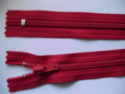 2 Stück Reißverschluß YKK rot  35cm lang, nicht teilbar Y56