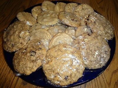 TRAY OF TIMELESS, CLASSIC COOKIES, CHOCOLATE CHIP, PEANUT BUTTER, OATMEAL RAISIN