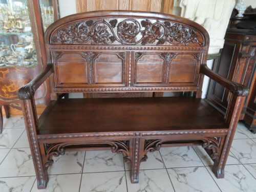 ANTIQUE AMERICAN, NEW ENGLAND 19 c. CARVED BENCH