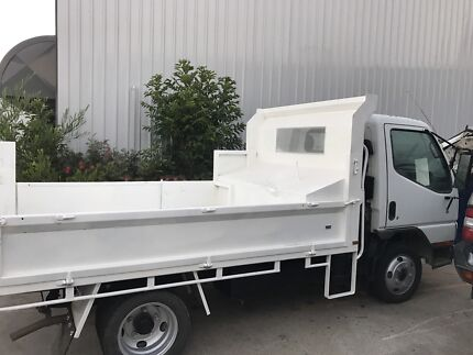 Tipper truck for hire  Cardiff Lake Macquarie Area Preview