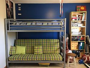 Bunk bed w/couch