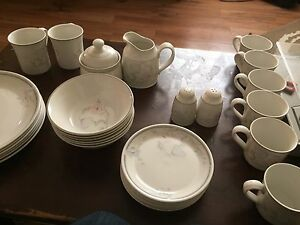 """Royal Doulton """" Fresh Flowers"""" Large Lot of Dishes"""