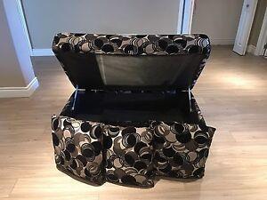 Storage ottoman + 3 matching throw pillows