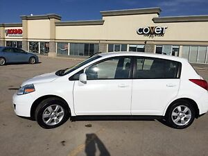 2009 Nissan Versa Great Condition!