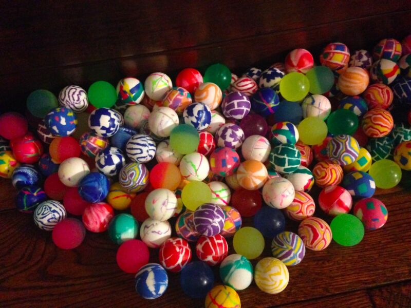 "500 Super Bouncy Balls Bulk Toy Vending Gumball Machine 27mm 1"" Superballs"