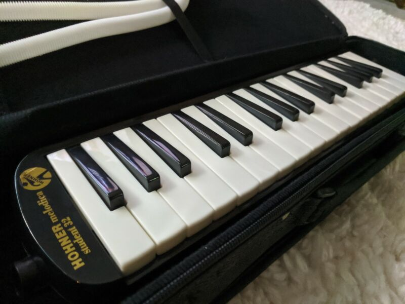Hohner Melodica 32 Student Black