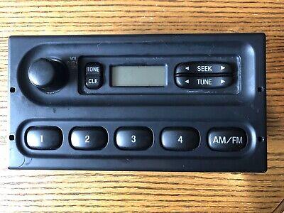 2004-2006 Ford Ranger AMFM CD Player Radio Receiver