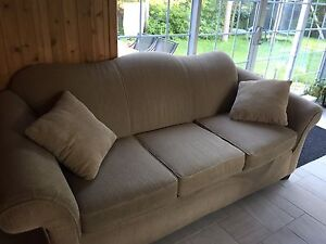 Two piece Lazyboy sofa and loveseat