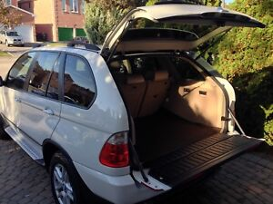 2006 BMW X5 3.0i well maintained rare white
