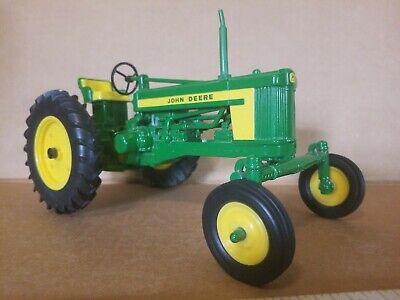 Ertl John Deere 520 Breit Vorne Traktor Diecast 1:16 Maßstab ()