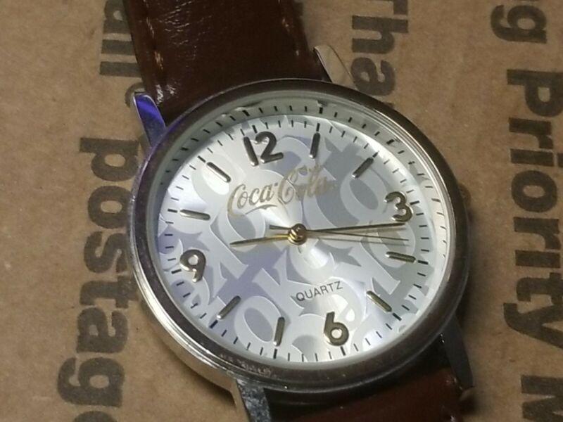 Nice Vintage Coca Cola soda 2003 Quartz Watch UNTESTED