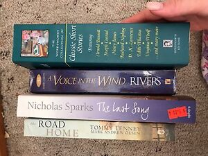 Assorted reading Heidelberg Banyule Area Preview