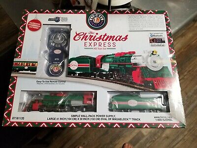LIONEL HO SCALE CHRISTMAS EXPRESS TRAIN SET sleigh santa remote track 871811020