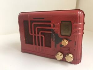Antique tube radio-Bakelite