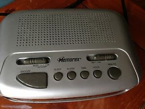 Clock radio, perfect condition
