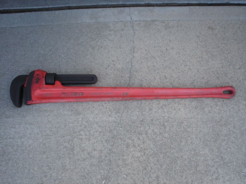 RIGID 48 inch Pipe Wrench Original Lightly Used Excellent Condition