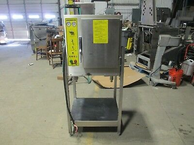 (Accutemp 208D8-300 Steam 'N Hold Steamer Holding Cabinet Connectionless 6 Pan)