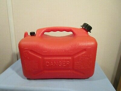 Vintage Wedco 4 Gallon Gas Can Model W-300