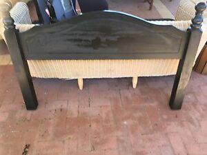 Wooden bed head queen Secret Harbour Rockingham Area Preview