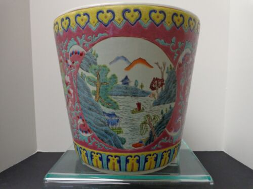 Chinese Vintage 19th-20th Century Famille Rose Decorative Planter