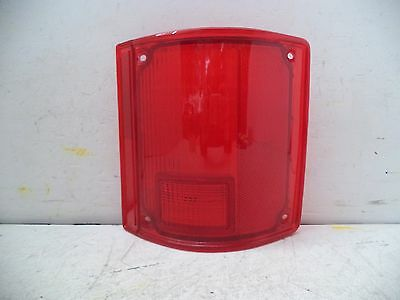73-91 CHEVROLET BLAZER/GM PICKUP/SUBURBAN/GMC JIMMY TAIL LENS GLO-BRITE TMC-1054 (Gmc Jimmy Tail Light Lens)
